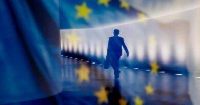 """Τι προτείνουν κορυφαίοι οικονομολόγοι για τον ρόλο του ESM για τα """"κορονοχρέη"""" – Μοντέλο """"μεταπολέμου"""" για τη διάσωση της ΕΕ"""